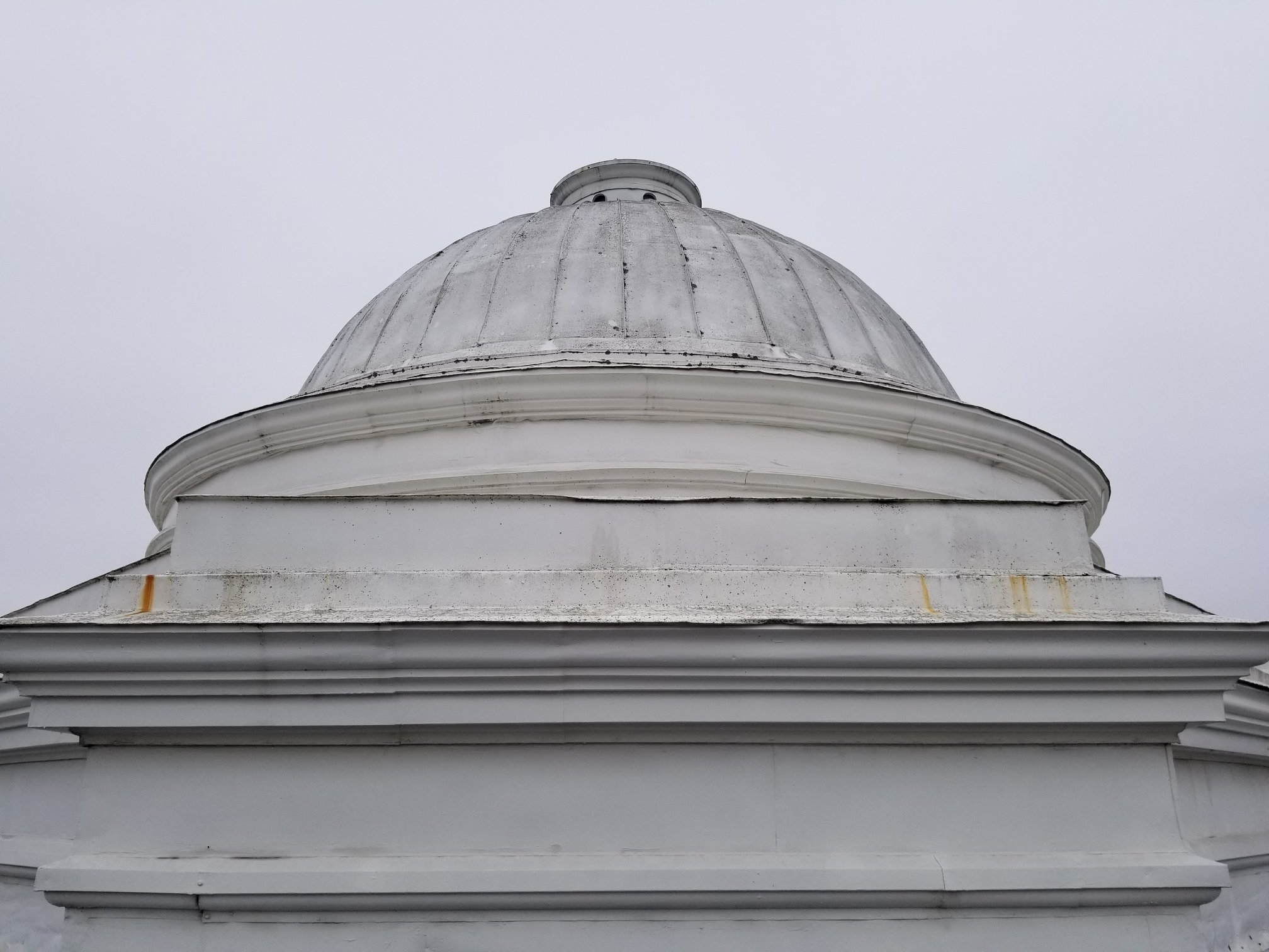 the famous old building's well-known dome was in dire need of cleaning and repair